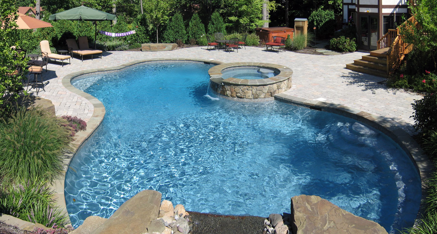 Custom Swimming Pool and Spa - North Jersey