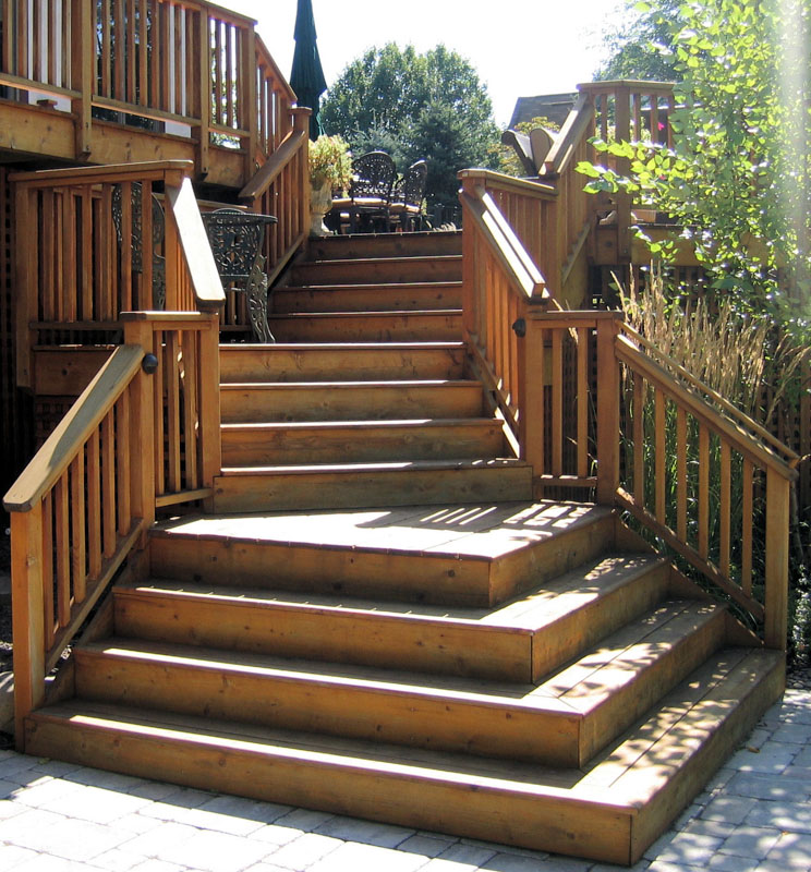 Flared Deck Stairs - North Jersey