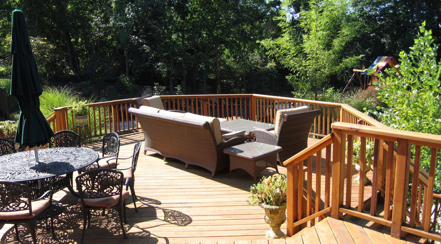 Two Sitting Areas On Cedar Deck - North Jersey