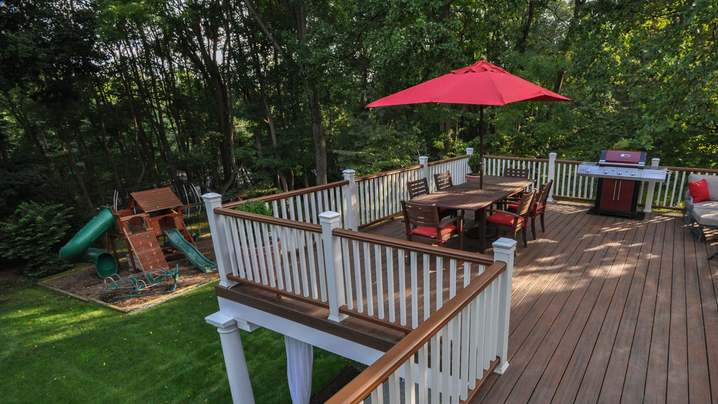 Trex Deck Overlooking Backyard - North Jersey