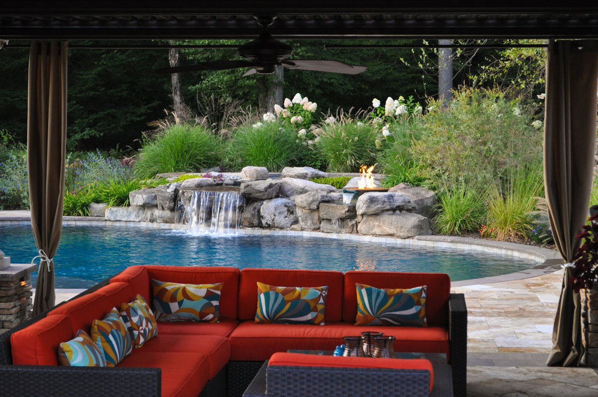pool design with overlooking spa