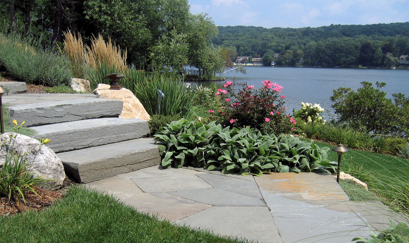 bluestone walkway with bluestone slab steps