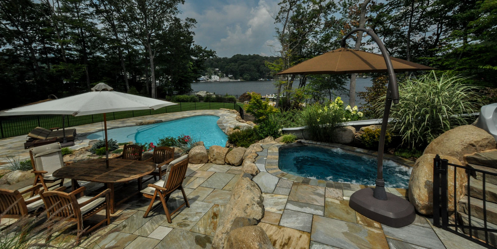 custom swimming pool, spa, and pool landscaping