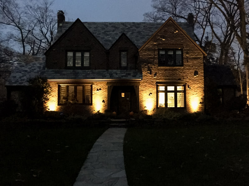 south orange landscaping with landscape lighting