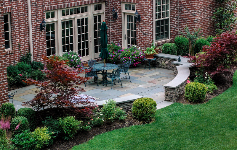 short hills nj landscape design, patio with curved seat wall